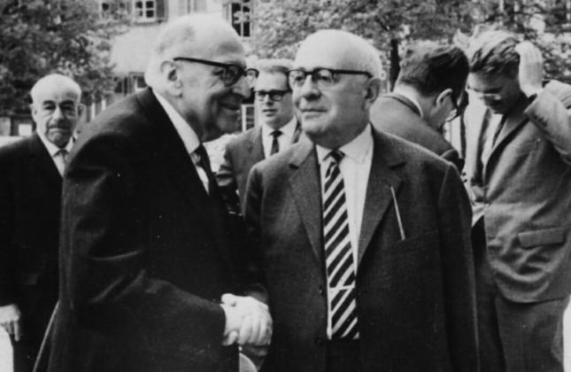 Adorno. Horkheimer y Habermas