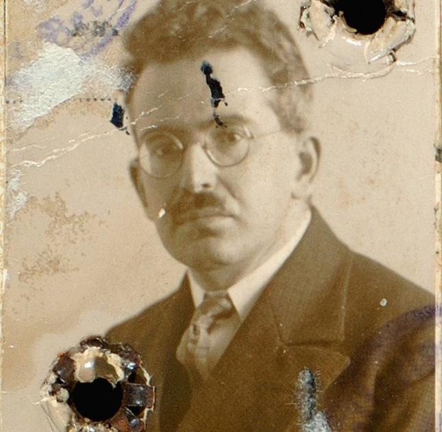 Walter Benjamin. Pasaporte circa 1928